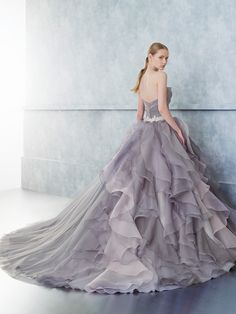 Wonderful Perfect Wedding Dress For The Bride Ideas. Ineffable Perfect Wedding Dress For The Bride Ideas. Wedding Dress Organza, Custom Wedding Dress, Sweetheart Wedding Dress, Modest Wedding Dresses, Elegant Wedding Dress, Perfect Wedding Dress, Wedding Dress Styles, Bridal Gowns, Unique Colored Wedding Dresses