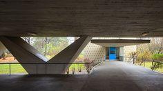 Edifício residencial em Hansaviertel, Berlin, Alemanha Hansaviertel por Oscar Niemeyer, Berlin, Germany – Pedro Kok