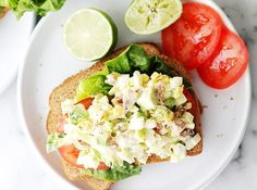 40 ketogenic dinner recipes to try tonight (keto) - purewow healthy bites, low Ketogenic Recipes, Diet Recipes, Healthy Recipes, Ketogenic Diet, Paleo Diet, Keto Foods, Keto Snacks, Lchf Diet, Paleo Food