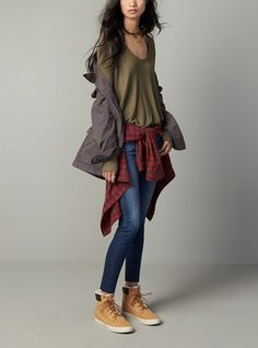 Loving this ensemble that pairs layers together perfectly for fall.