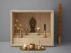 This micro-sized Buddhist prayer altar is designed for today's micro-sized Japanese apartments. Meditation Raumdekor, Meditation Room Decor, Mandir Design, Pooja Room Design, Altar Design, Temple Design, Meditations Altar, Buddhist Shrine, Buddhist Prayer