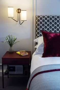 Accessible-bedroom-Old-Parsonage-Hotel