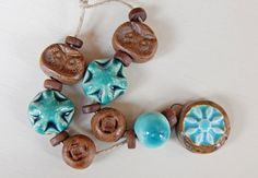 Hand-carved Set owls brown and turquoise . por Majoyoal en Etsy