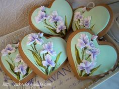 64 Trendy Ideas For Cupcakes Creative Valentines Day Easter Cupcakes, Flower Cupcakes, Easter Cookies, Fun Cupcakes, Fancy Cookies, Royal Icing Cookies, Cupcake Cookies, Flower Sugar Cookies, Royal Icing Flowers