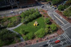 mark reigelman plants colorful quaker-style dwelling into boston's rose kennedy greenway  www.designboom.com