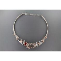 Diamond Necklace Simple, Diamond Pendant, Diamond Jewelry, Gold Jewelry, Beaded Jewelry, Gold Necklace, Gold Jewellery Design, Necklace Online, Necklace Designs