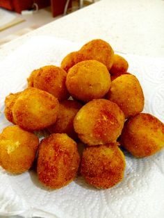 nefis patates kroketler ☺ Snack Recipes, Snacks, Chips, Peach, Fruit, Food, Snack Mix Recipes, Appetizer Recipes, Appetizers