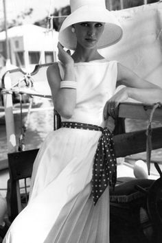 I used to own this same dress. I still like the styling.  qb pictures of 1960's fashion | 1960's Fashion | Women's Look | ASOS Fashion Finder