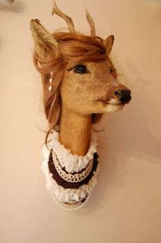 A friend once told me that if I were an animal, I'd be a deer.  I sure hope I'd be this kind.  How lovely.