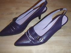 W8.5 Big City Wooster in plum! $60
