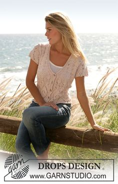 """Seaside Affair - DROPS Jersey with short sleeve, V-neck and lace pattern in """"Muskat"""" - Free pattern by DROPS Design Knit Cardigan Pattern, Vest Pattern, Sweater Knitting Patterns, Lace Knitting, Knitting Designs, Knit Crochet, Knit Patterns, Drops Patterns, Free Pattern"""