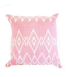 "100% Turkish Cotton. Pillow 18""x18"". Insert included"
