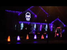 Halloween Light Show 2011 -  I Gotta Feeling  **Someone has way too much talent and free time...**