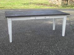 Esstische - Tisch Esstisch Küchentisch Weiß Braun Bauerntisch - ein Designerstück von Die-Ideenschmiede bei DaWanda