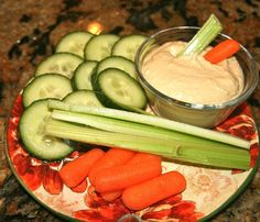 The Homemade Renegade: Homemade Hummus -- You'll Never Buy Store Bought Again!