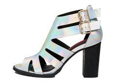 dc4e966ac4e1e Sandales à talons London Rebel (du 35 au 42), 37,49€ au lieu de 71,99€ sur  Asos. Chaussure Femmes