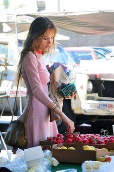 Perusing farmers markets