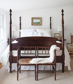 Chaise/banc devant lit