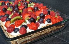 Sommertærte med vanillecreme og frugt is part of Pastry cake - Mexican Food Recipes, Dessert Recipes, Chocolate Zucchini Bread, Cooking Cookies, Apple Desserts, Dinner Is Served, Pastry Cake, Cakes And More, No Bake Cake