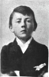 Hitler had two older sibilings but they both died before they died before they were three. He had two younger sibilings one of them only lived to the age of six and the other outlived him. Hitler started school at six years of age. Hitler left schoolbefore completing his tuition because he wanted to become an artist. His father died when he was 13 and his mother brought up Hitler and Paula on her own.Between the ages of 16 to 19 he gained an interest in Politics and History.
