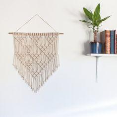 Tenture murale macramé > petits TRIANGLES > Ecru recyclé cordon en coton avec du bambou