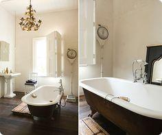 Claw Foot tub! Love...,,