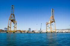 Cranes docks water
