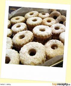 """Kysaná"" kolečka recept - TopRecepty.cz Doughnut, Desserts, Food, Tailgate Desserts, Deserts, Essen, Postres, Meals, Dessert"