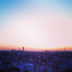 @janettesvn Instagram photos |  #sunsetoverParis #sunset #vibrantcolour #viewoverthewholecity #viewfrommywindow #Parisrooftops #Paris #TourEiffel #EiffelTower #TourMontparnasse #instafrance #instaparis #igersparis #ig_paris
