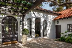 California real estate: Take a of tour this Spanish-style Los Angeles home