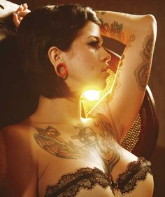 Inked Magazine is destination to find creative tattoo ideas, the best tattoo artists, photos and videos of tattooed models and news on tattooed celebrities Tattoo Girls, Tattoo You, Girl Tattoos, Tatoos, Crazy Tattoos, Cheeks Piercing, Piercings, Sexy Tattoos, Tattoos For Women
