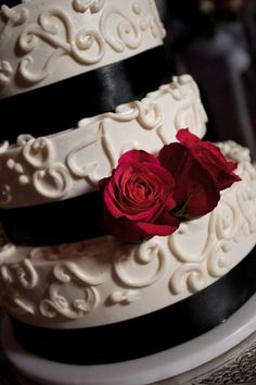 Cake idea - black and white icing with red velvet cake