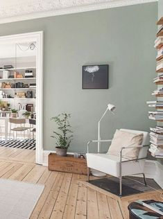 Acryl Wandmalerei, offenes Wohnzimmer im Esszimmer, skandinavisches Interieur Source by archzinefr . Living Pequeños, Living Room Green, Living Room Paint, Home Living Room, Living Room Decor, Bedroom Decor, Room Interior Design, Scandinavian Interior, Room Inspiration