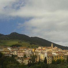 #panorama di #Rionellelba #isoladelba #Elbaisland #elba200 #landscape #visittuscany #tuscany #tuscanygram #instaElba #instatuscany #instatour #igerstoscana #visitElba #visitRioElba #365days #elba #Ilikeitaly #IloveElba #elbadascoprire #tuscany