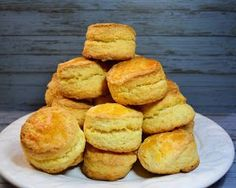 Cheese Scones, Donuts, Homemade Biscuits, Bread Cake, Diy Food, Cooking Time, Sweet Recipes, Bakery, Dessert Recipes