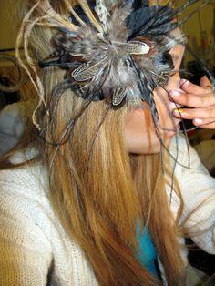 hair, feather flowers