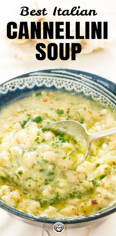 This is a spectacular Italian white bean soup with big bold flavors, I cook it the way my mum used t Italian Soup Recipes, Bean Soup Recipes, White Bean Recipes, Italian Bean Soup, Vegan Bean Soup, Italian Beans, Quick Soup Recipes, Healthy Dinner Recipes, Vegetarian Recipes