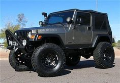 Jeep : Wrangler Rubicon 2004 JEEP WRANGLER LIFTED  RUBICON 4X4 4.0L V6 SOFT TOP LOTS OF XTRAS! LOW MILE
