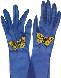 Gloves with butterfly, c. spring/summer 1938 These gorgeous silk and velvet gloves from collection of Mark Walsh and Leslie Chin are attributed to Elsa Schiaparelli. Elsa Schiaparelli, Vintage Accessories, Fashion Accessories, Vintage Outfits, Vintage Fashion, Blue Gloves, Vintage Gloves, Bags Online Shopping, Italian Fashion Designers