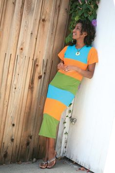 As seen in the book alternation and featured as one of the designs,this multi-colred dress is super comfy and very casual stylie.
