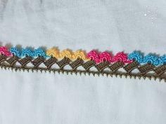 Crochet Edging Patterns, Crochet Borders, Crochet Stitches, Saree Tassels Designs, Saree Kuchu Designs, Creative Embroidery, Hand Embroidery, Crochet Flowers, Crochet Lace