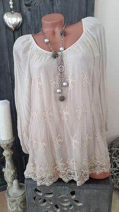 TUNIKA Kleid Häkelspitze Lagenlook Stickerei beige creme NEU ITALY 42 44 46  Boho Kleid a86530676c12e