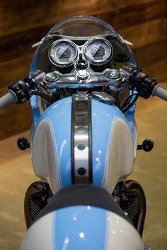 Racing Cafè: Triumph Thruxton R 1200 by Standard Motorcycle Co.