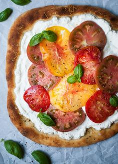 Heirloom Tomato & Ricotta Pizza