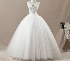 Custom Sexy wedding dresses Bride  New style Evening Dress / Ball Gown White Or Other Free shipping