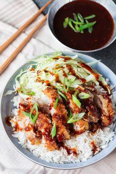 Tonkatsu Pork - crispy coated sliced pork with a delicious sweet and tangy sauce. Katsu Recipes, Pork Recipes, Asian Recipes, Cooking Recipes, Curry Dishes, Pork Dishes, Tonkatsu Sauce, Japanese Dishes, Pork