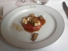 Il secondo: Filetto di Fassone, polvere di funghi, SUGO D'ARROSTO, e…FINANZIERA???? Se non fosse per l'eccellenza della carne utilizzata il piatto sarebbe stato perfetto per essere servito al ristorante cinese sotto casa.