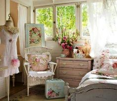 A romantic girly bedroom