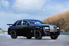 Rolls-Royce Cullinan: 2 Tons 5 meter Hybrid system not before 2018
