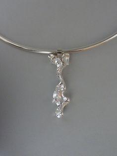 Pendant, silver casted in peas Anita Braat-Hopstaken, Passions Jewellery Design